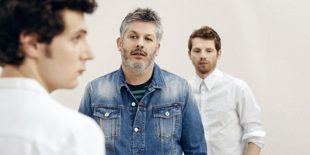 Vincent Lacoste, Christophe Honoré et Pierre Deladonchamps. image : lesinrocks.com